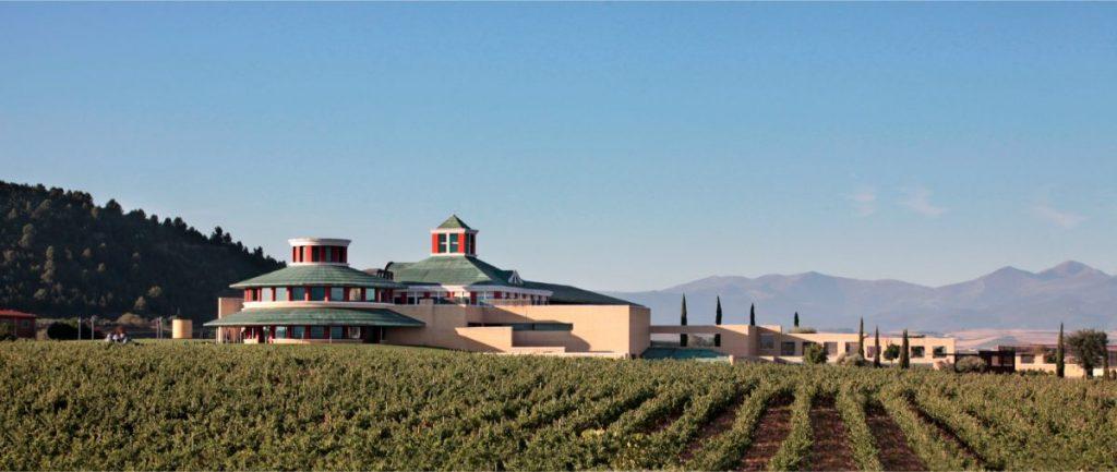 Museo Vivanco de la Cultura del Vino, cerca de Haro, en La Rioja Alta