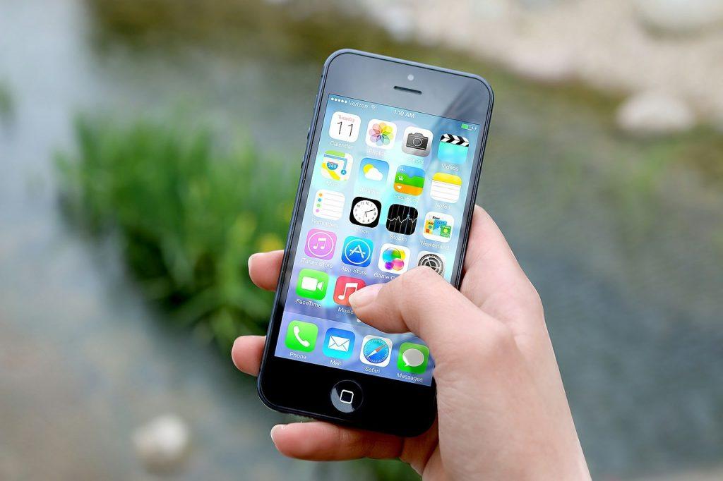 Ahorrar en escapadas de fin de semana con apps de viajes