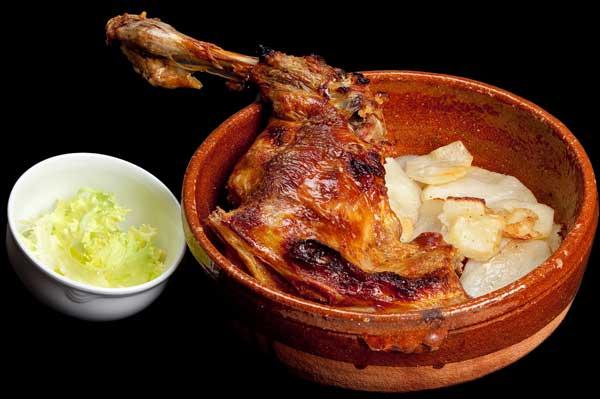 Lechazo asado en horno de leña Ribera Duero