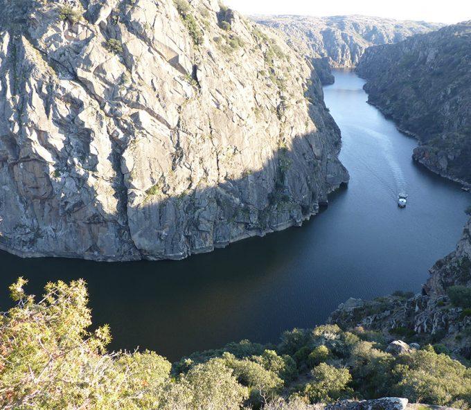 Ruta fluvial por los Arribes del Duero, en Zamora
