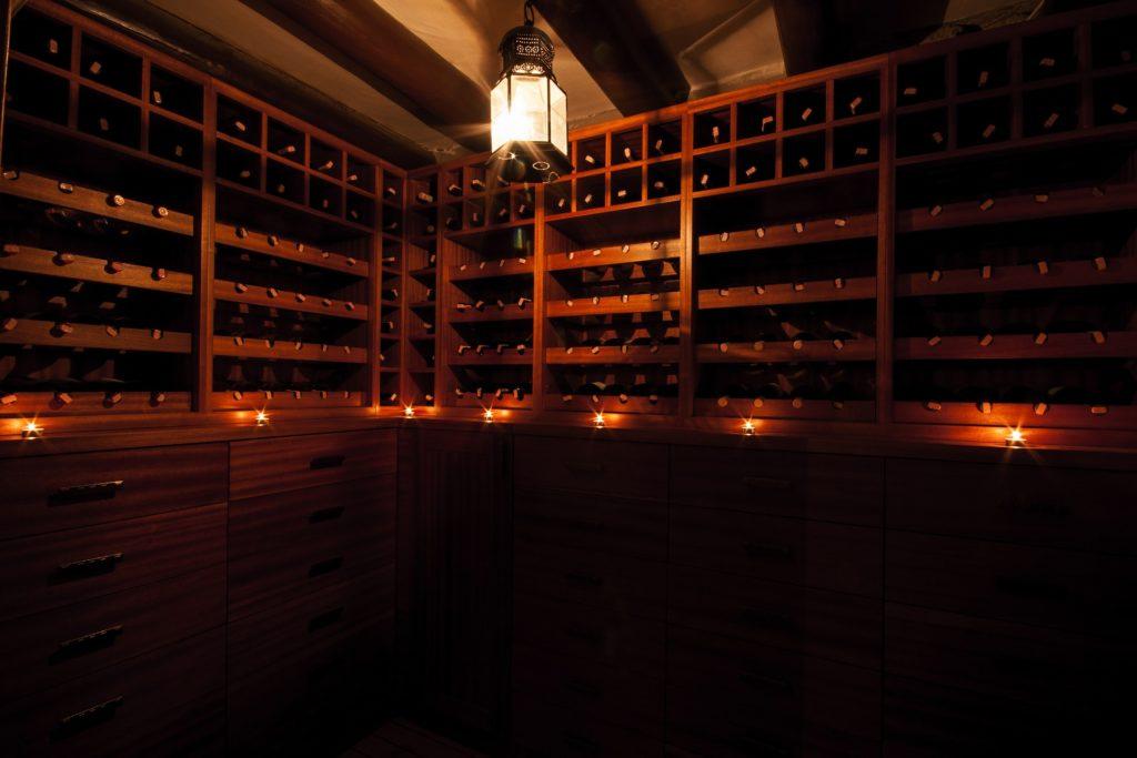 Conservación de botellas en tiendas de compra de vino online